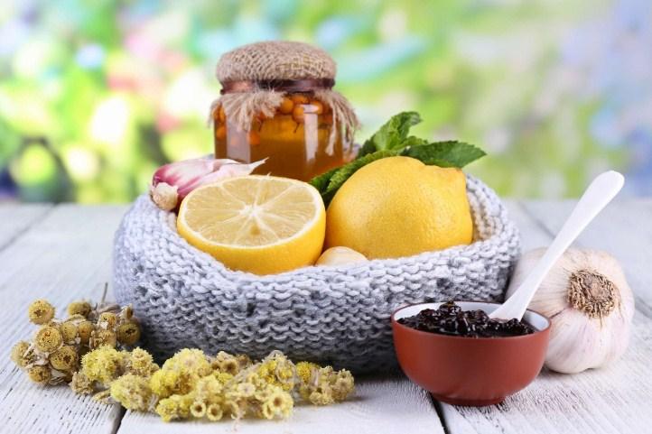лимон, мед, травы