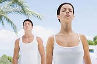 Мужчина, женщина, дыхательная гимнастика