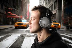 Громкая музыка - причина ухудшения слуха