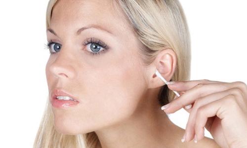 Проблема серных пробок в ушах