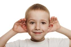 Снижение слуха - симптом отита