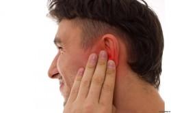 Средний отит - причина ушной боли
