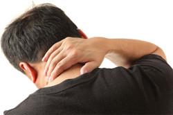 Повреждение шейного отдела позвоночника - причина свиста в ушах