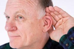 Снижение остроты слуха - симптом отита