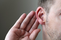 Потеря слуха - следствие отита