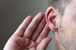 Глухота - симптом заложенности ушей