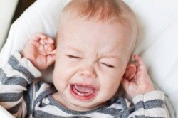 Проблема отита у ребенка