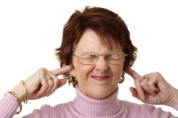 Возрастной шум в ушах