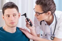 Консультация лора при зуде в ушах