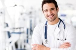 Обращение к врачу при грибке в ушах