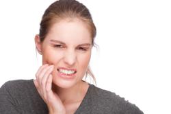 Зубная боль, отдающая в ухо