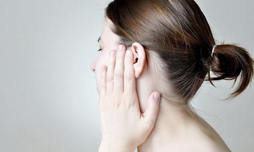 Проблема пробки в ухе