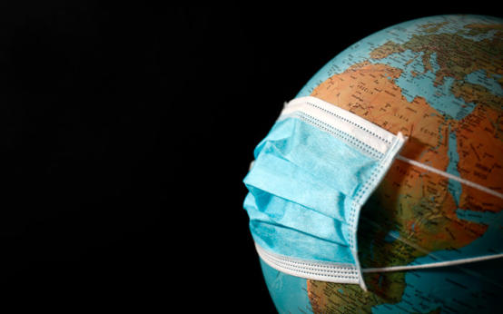 Больше 3,000,000 человек заражено COVID, из них 1,000,000 — американцы