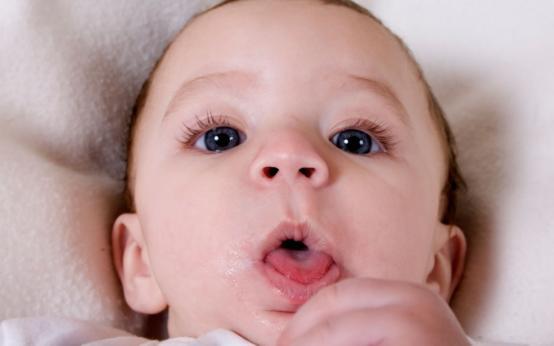 Самые безопасные сиропы от кашля для детей до 1 года