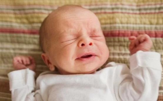 Из-за чего возникает пневмония у новорожденных