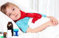 Ребенок в кровате