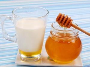 молоко, мед